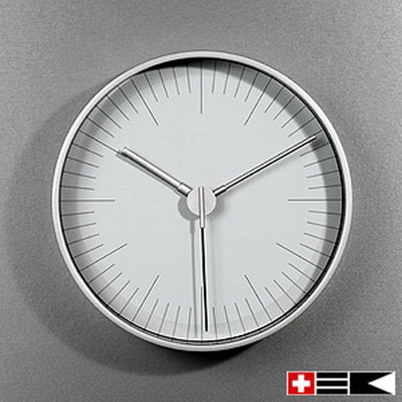 Bengt EK Design Quarz Wanduhr ´Swiss Globe´